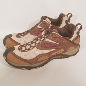 Merrell women's shoes size 10 hiking brown outdoor